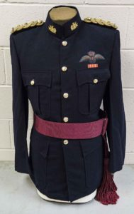 Patrol Dress with Royal Canadian Signal Corps and Major rank insignia. Note: Mandatory for all officers and could be worn as an alternate to mess dress